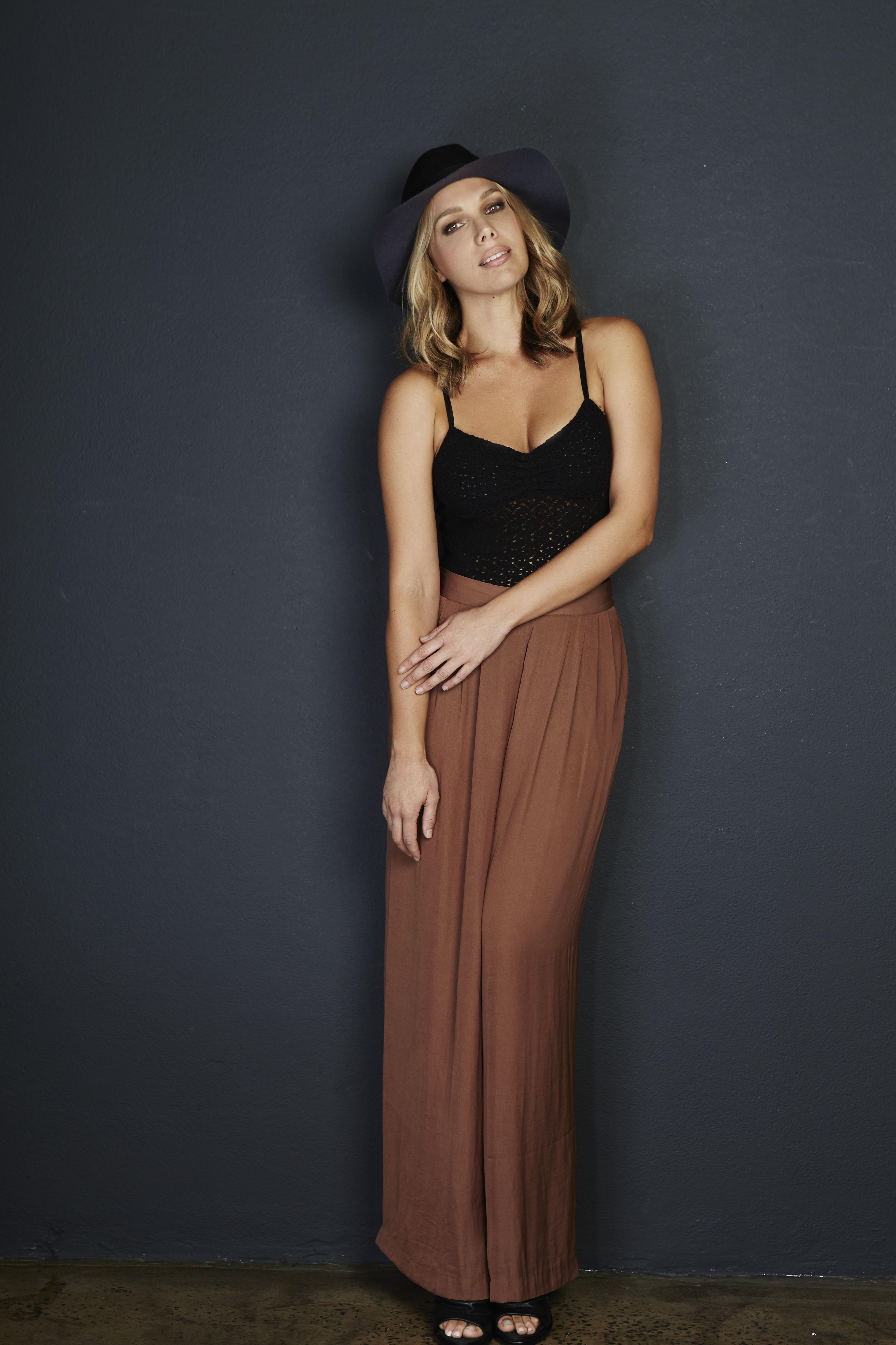 Michelle Silhouette Models